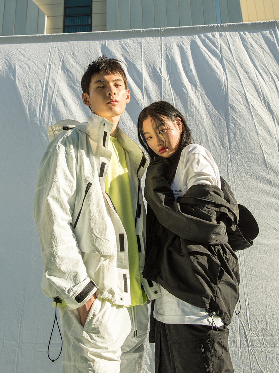 18SS UNISEX POCKET WINDBREAKER - WHITE