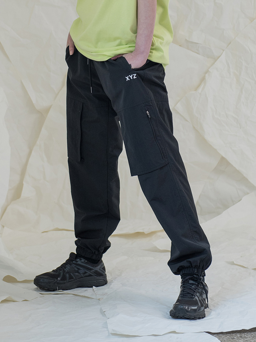 [2차 재입고] 18SS UNISEX POCKET JOGGER PANTS - BLACK